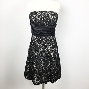 White House Black Market Size 6 2 Piece Lace Dress